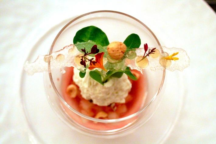 roquefort cheese/goji berry/hazelnut/pear/port